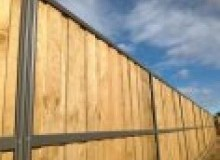 Kwikfynd Lap and Cap Timber Fencing abbotsfordqld